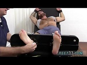 Homogay sexual foot fetish videos He went nasty with laughter,